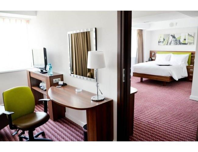Hotel Hampton By Hilton Cluj 3 Stele